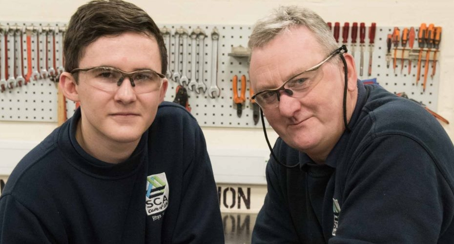 Engineering apprenticeship puts Rhys on a roll at tissue manufacturer SCA