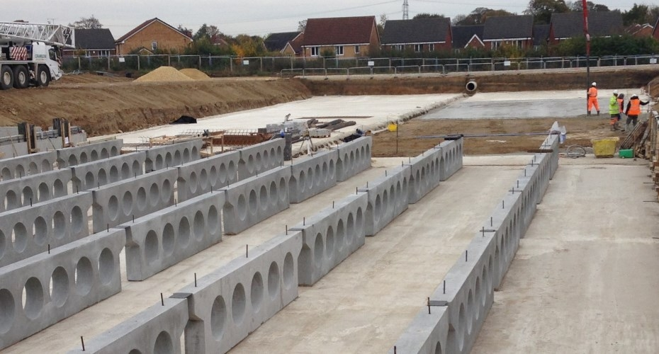 Underground carlow tank installed at West Yorkshire housing development to assist flood alleviation