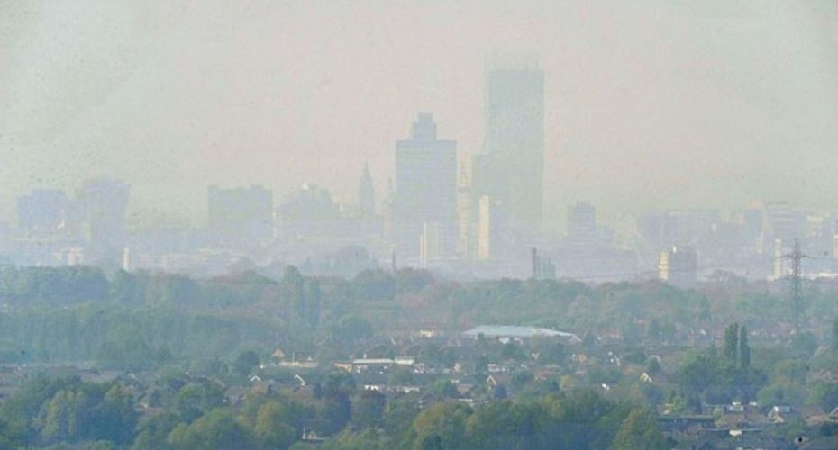 Manchester researchers identify key to darkness of soot in air pollution