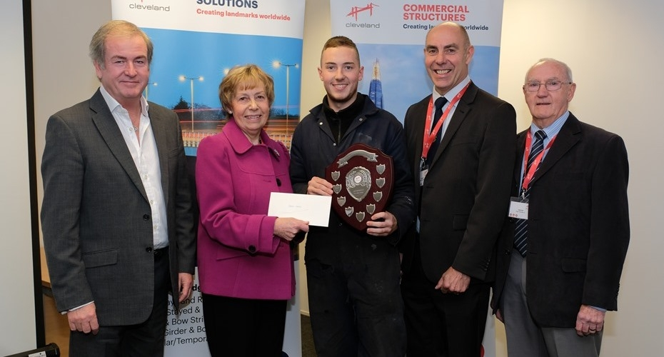 Star apprentice Steven receives Ron Maddison Award