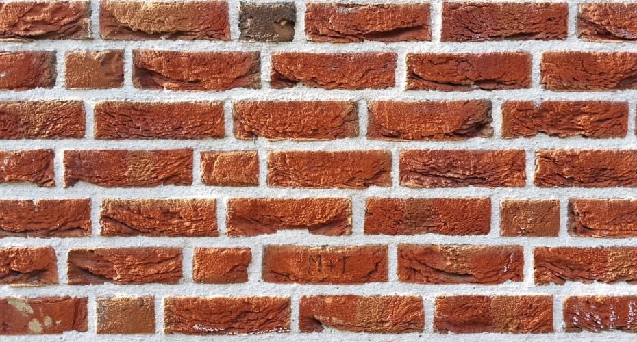 Builders' suppliers drop a billion bricks on shortage claims