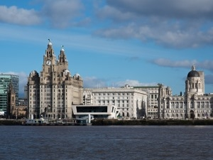 Mott MacDonald scales up office in Royal Liver Building